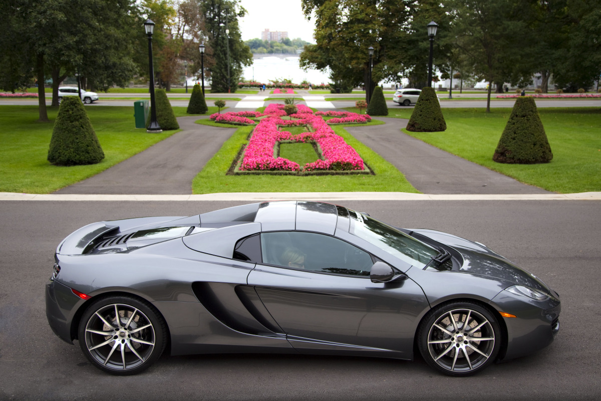 48 hrs in McLaren's 616 hp go-fast device: the brilliant 12C Spider - slide 2