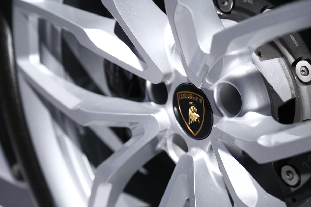 In photos: Lamborghini's NYC Huracan debut - slide 15