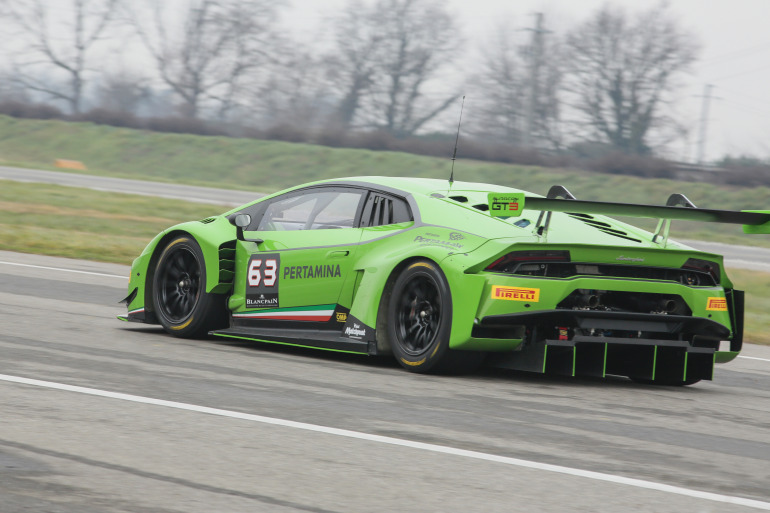 Lamborghini's new Huracan GT3 is green-to-go for the 2015 Blancpain Endurance Series - slide 5