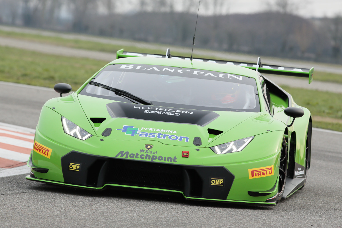 Lamborghini's new Huracan GT3 is green-to-go for the 2015 Blancpain Endurance Series - slide 2