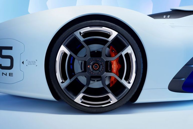 GT6 Alpine Vision GT is ready to blow the pants off your pixels…or vice versa - slide 11