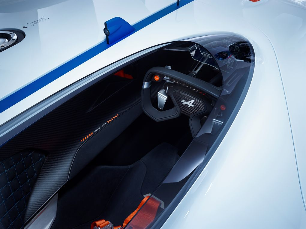 GT6 Alpine Vision GT is ready to blow the pants off your pixels…or vice versa - slide 12