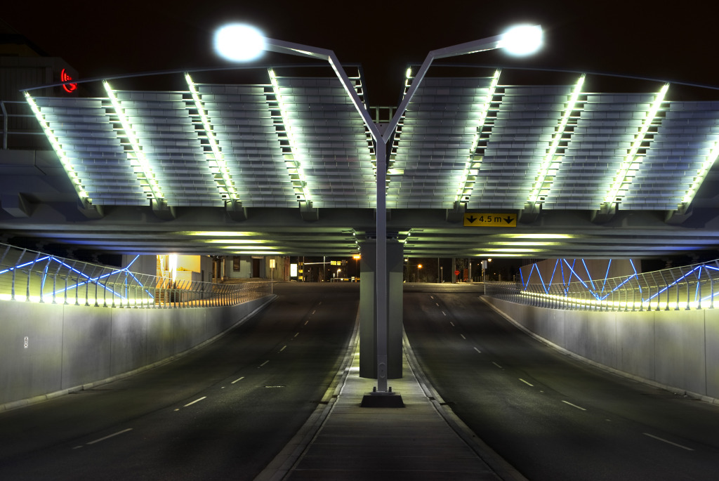 Long metallic blades, pivot on pins that change with the wind giving the underpass a dynamic feel (Photo: A. MacKenzie)