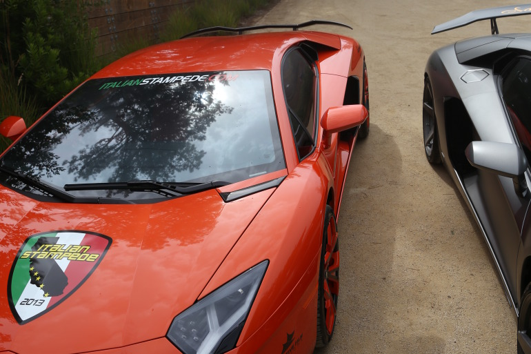 ANGUS vs AVENTADOR: Lamborghini's 700 hp destroyer of pavement laden worlds - slide 18