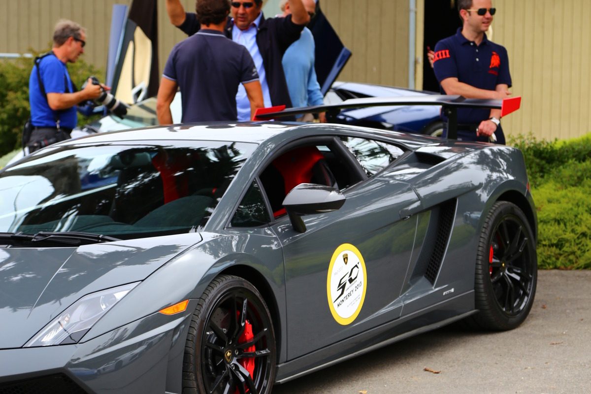ANGUS vs AVENTADOR: Lamborghini's 700 hp destroyer of pavement laden worlds - slide 21