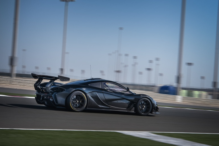 I AM SUPERCAR…McLaren's 986 hp P1-GTR vs Ford's naughty 600 hp GT vs Acura's 550 hp hybrid NSX - slide 6