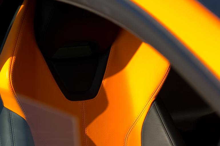 Enjoying Lamborghini's 610 hp Huracan the Bolognese way! - slide 11
