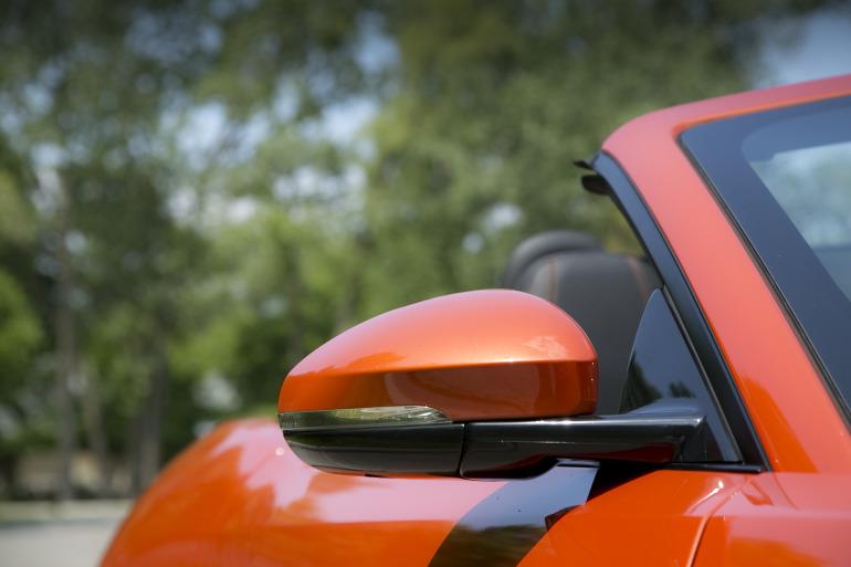 C/D/E/F! Jaguar's 495hp F-type roadster is the one true heir to the E-type throne - slide 5
