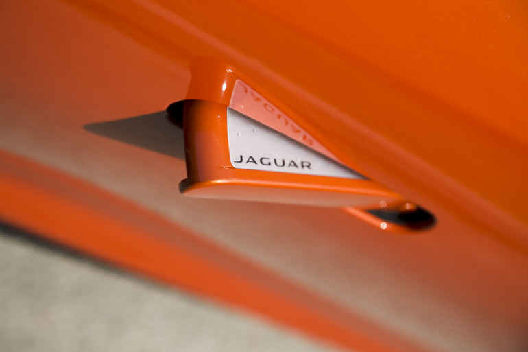 C/D/E/F! Jaguar's 495hp F-type roadster is the one true heir to the E-type throne - slide 6