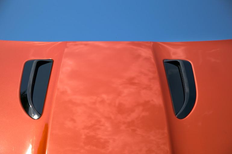 C/D/E/F! Jaguar's 495hp F-type roadster is the one true heir to the E-type throne - slide 14