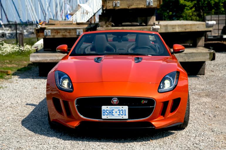 C/D/E/F! Jaguar's 495hp F-type roadster is the one true heir to the E-type throne - slide 26