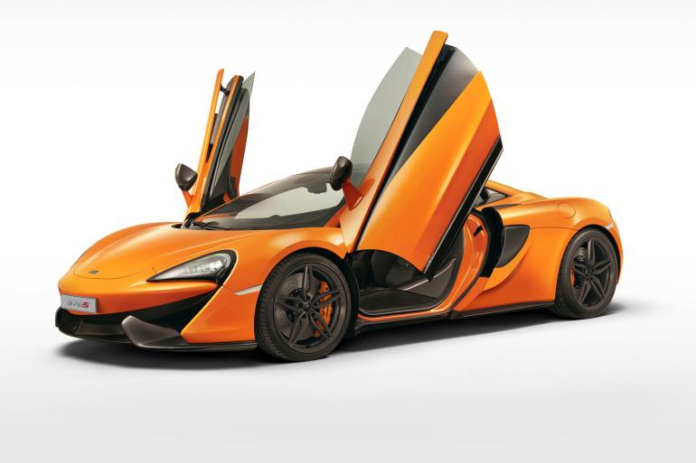 570S – McLaren unveils its new 570 hp Porsche-rivalling econobox at NYC Auto Show - slide 15