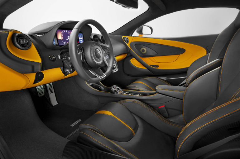 570S – McLaren unveils its new 570 hp Porsche-rivalling econobox at NYC Auto Show - slide 16