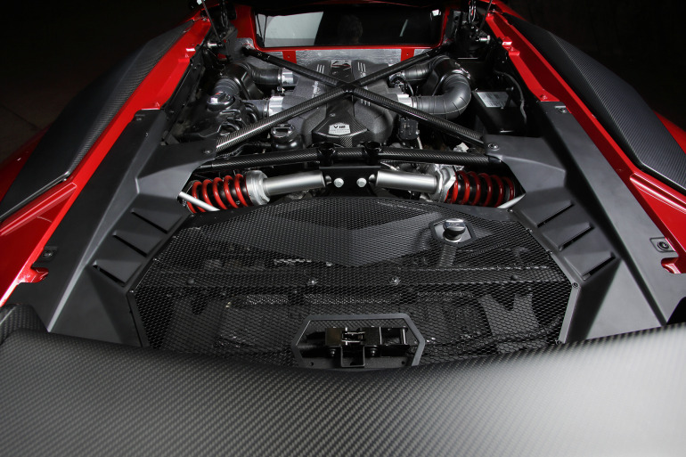 GENEVA AUTO SHOW 2015: DAY 1  – Lamborghini, Bentley, Infiniti, Koenigsegg - slide 21