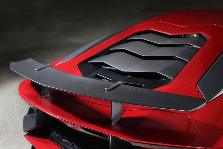 GENEVA AUTO SHOW 2015: DAY 1  – Lamborghini, Bentley, Infiniti, Koenigsegg - slide 24