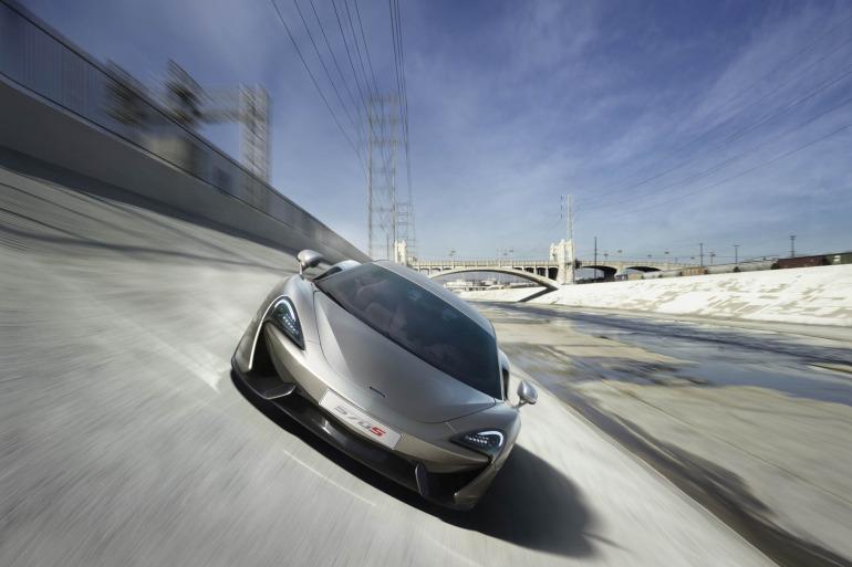 570S – McLaren unveils its new 570 hp Porsche-rivalling econobox at NYC Auto Show - slide 2