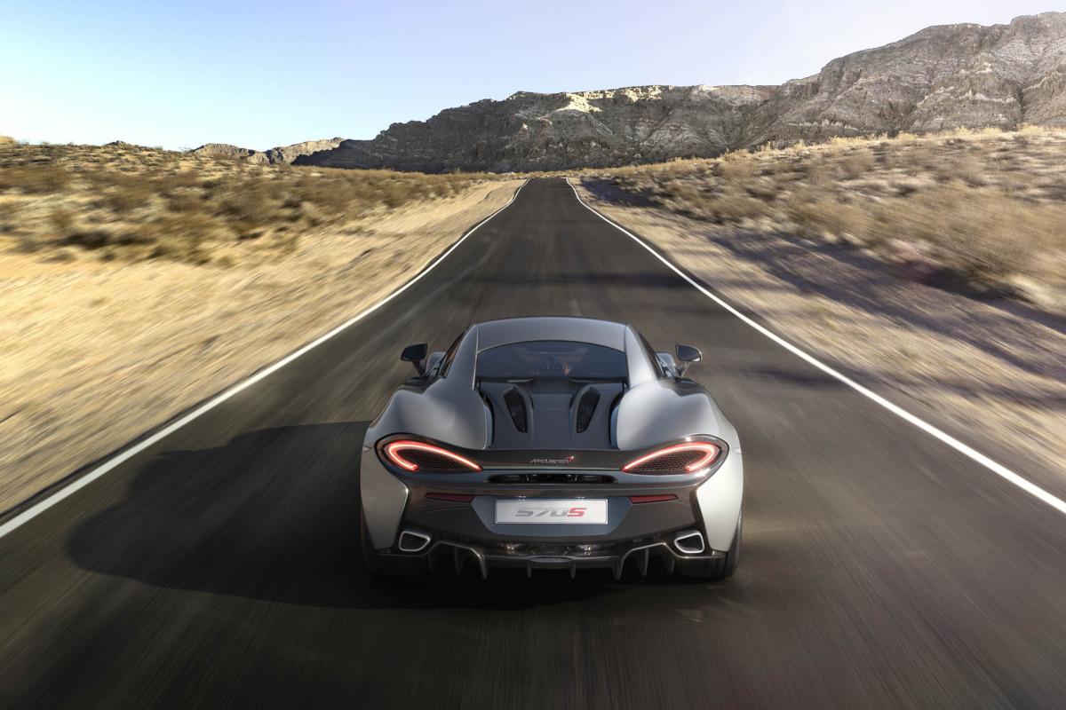 570S – McLaren unveils its new 570 hp Porsche-rivalling econobox at NYC Auto Show - slide 3