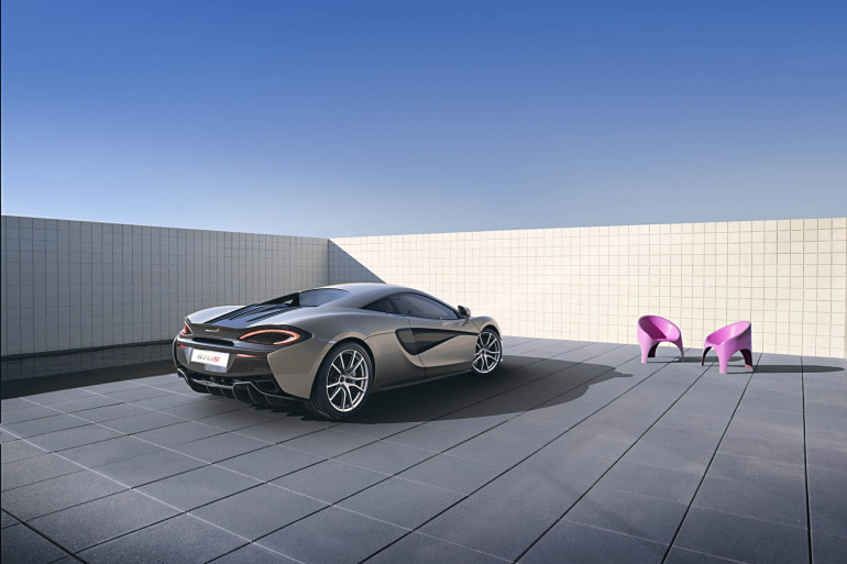 570S – McLaren unveils its new 570 hp Porsche-rivalling econobox at NYC Auto Show - slide 4