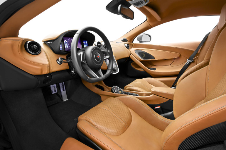 570S – McLaren unveils its new 570 hp Porsche-rivalling econobox at NYC Auto Show - slide 5