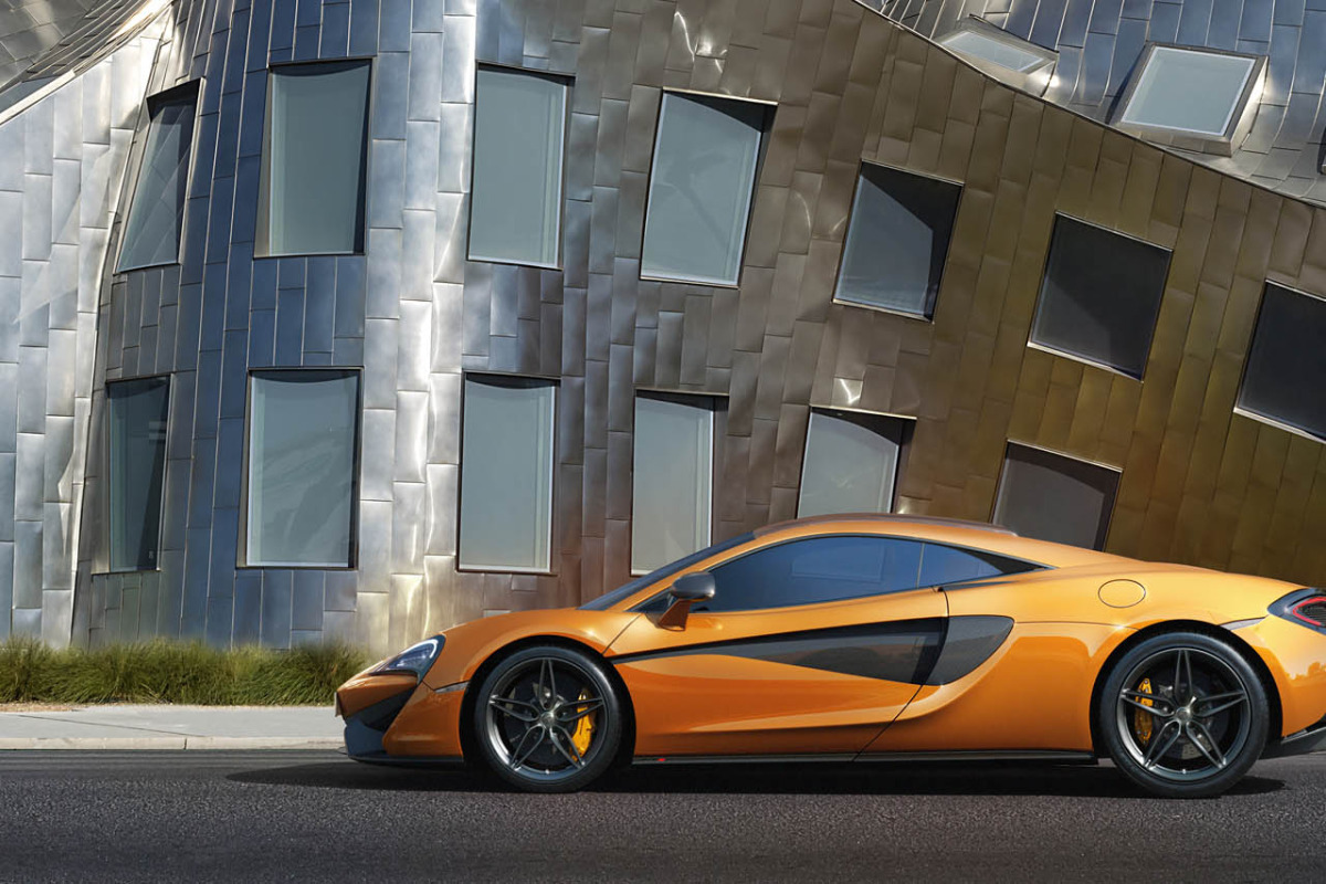 570S – McLaren unveils its new 570 hp Porsche-rivalling econobox at NYC Auto Show - slide 8