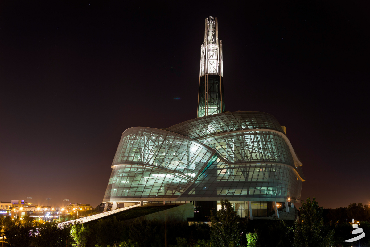 The new Canadian Museum for Human Rights gives Winnipeg serious architectural street cred - slide 17