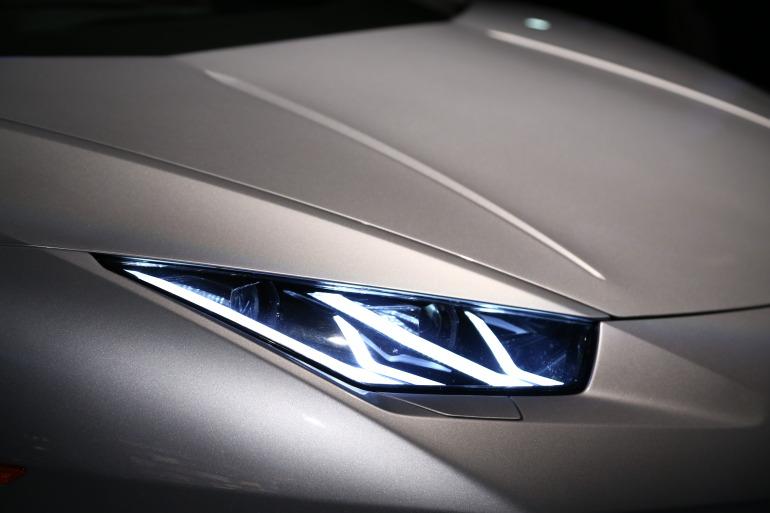 Interview: Lamborghini's CEO Stephan Winkelmann & Design Director, Filippo Perini - slide 22