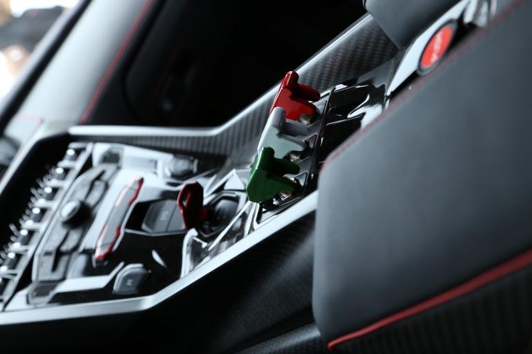 Interview: Lamborghini's CEO Stephan Winkelmann & Design Director, Filippo Perini - slide 14