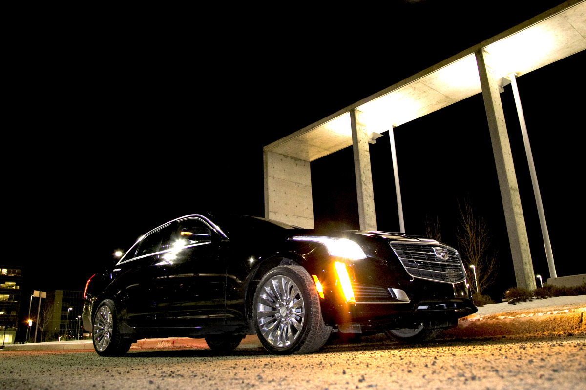NO HOONING OF THE IN-LAWS IN CADILLAC'S NEW CTS4 LUXURY BARGE - slide 15