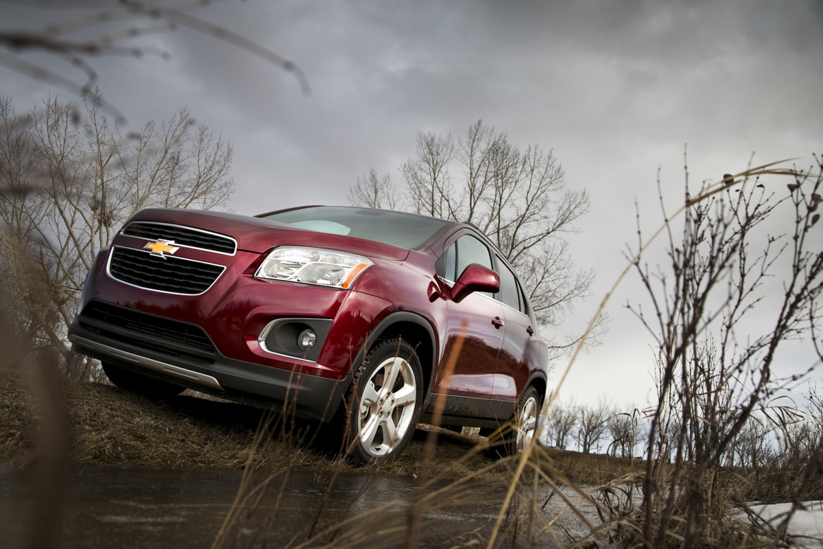 MAKING TRAX: Tooling about in Chevy's latest sport ute/CUV/SUV - slide 9