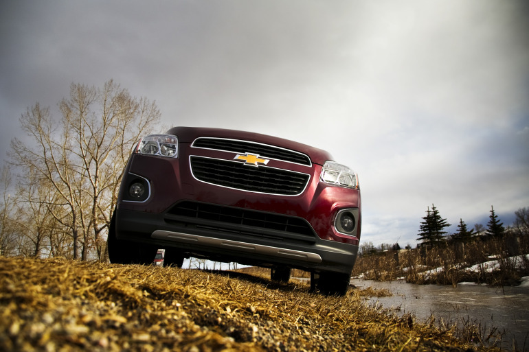 MAKING TRAX: Tooling about in Chevy's latest sport ute/CUV/SUV - slide 7