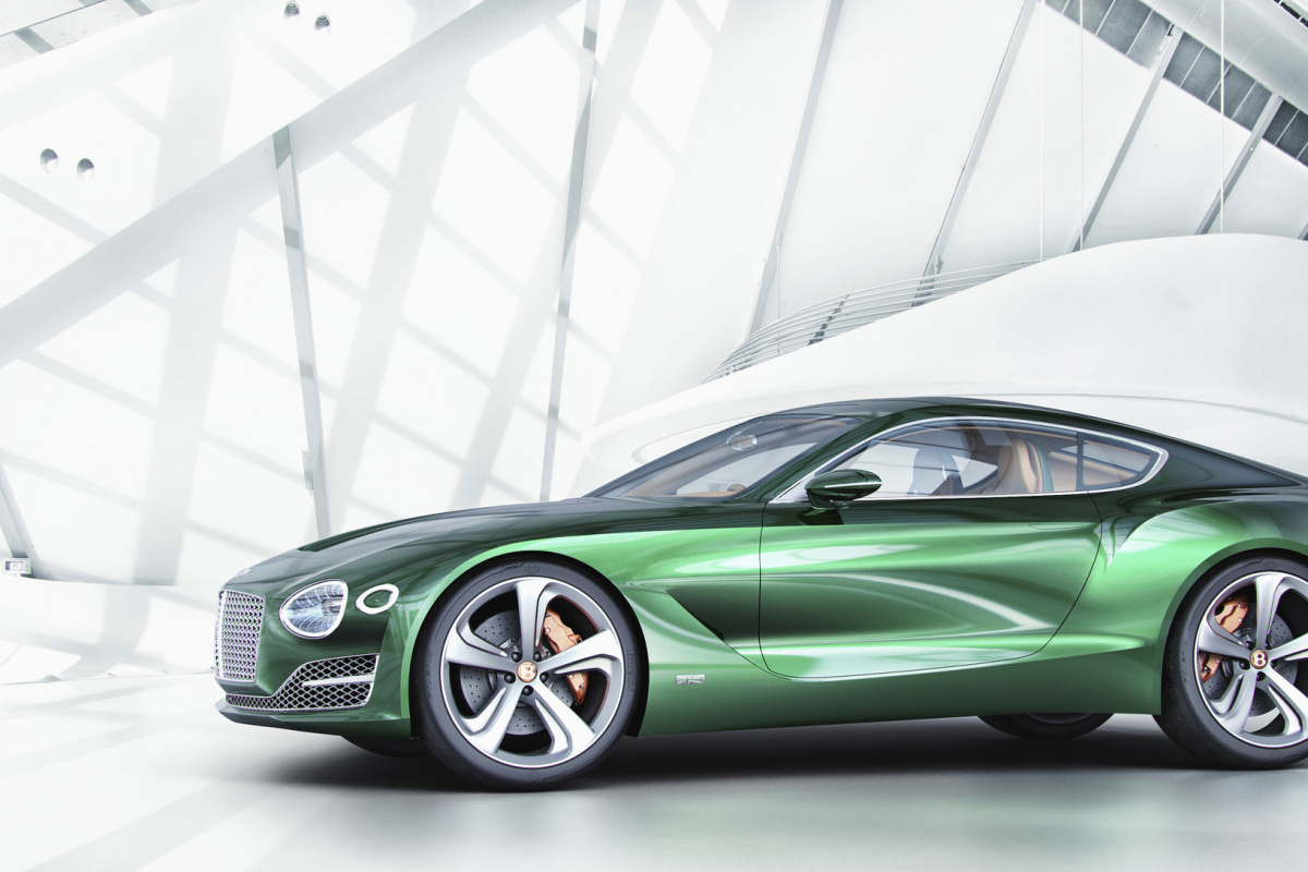 GENEVA AUTO SHOW 2015: DAY 1  – Lamborghini, Bentley, Infiniti, Koenigsegg - slide 13