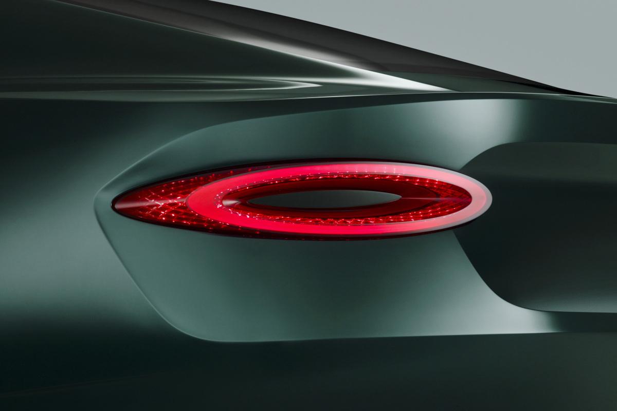 GENEVA AUTO SHOW 2015: DAY 1  – Lamborghini, Bentley, Infiniti, Koenigsegg - slide 11