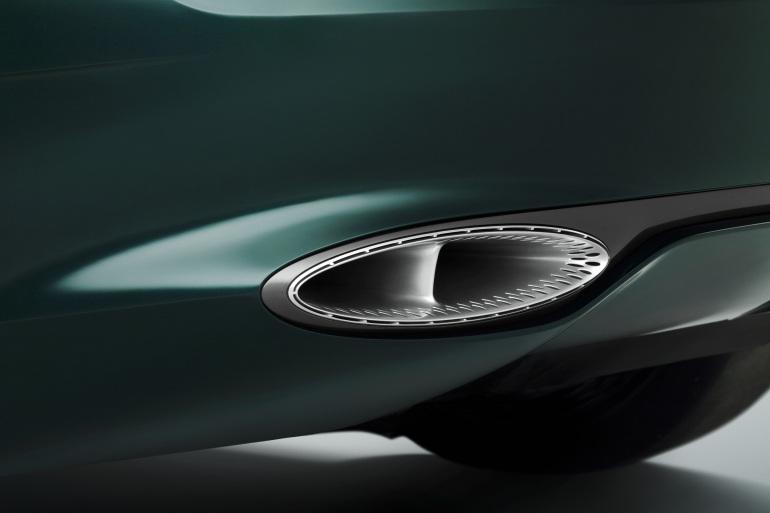 GENEVA AUTO SHOW 2015: DAY 1  – Lamborghini, Bentley, Infiniti, Koenigsegg - slide 12