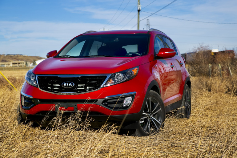 THE AGE OF SPORT: Kia's 260 hp AWD Sportage shows the Koreans are really not f*cking around - slide 12