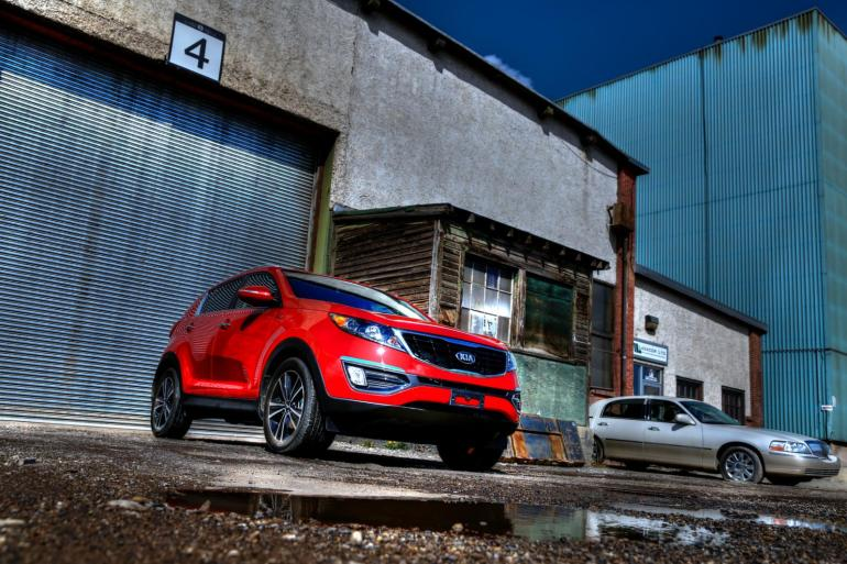 THE AGE OF SPORT: Kia's 260 hp AWD Sportage shows the Koreans are really not f*cking around - slide 21