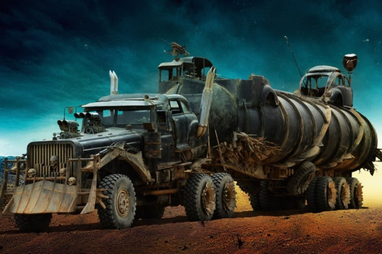 MAD MAX'S FURY ROAD VEHICLE LINEUP IS THE STUFF OF POST-APOCALYPTIC WETDREAMS - slide 10