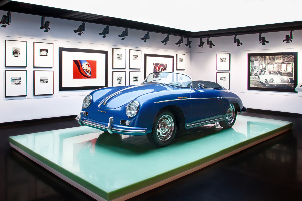 Space by HOK & cars by Porsche, the new $100 million Experience Center opens in Atlanta - slide 20