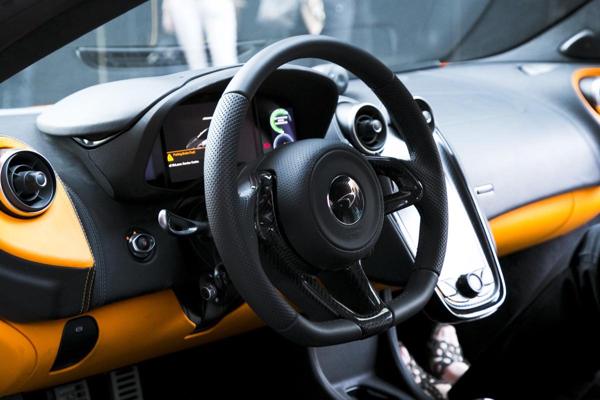 ORANGE CRUSH! McLaren debuts retina-altering 570S in Calgary - slide 17