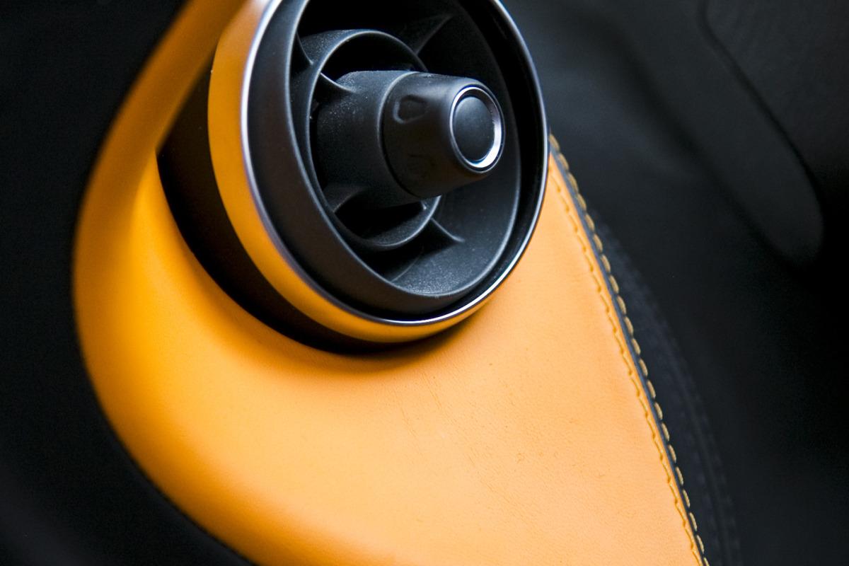 ORANGE CRUSH! McLaren debuts retina-altering 570S in Calgary - slide 18