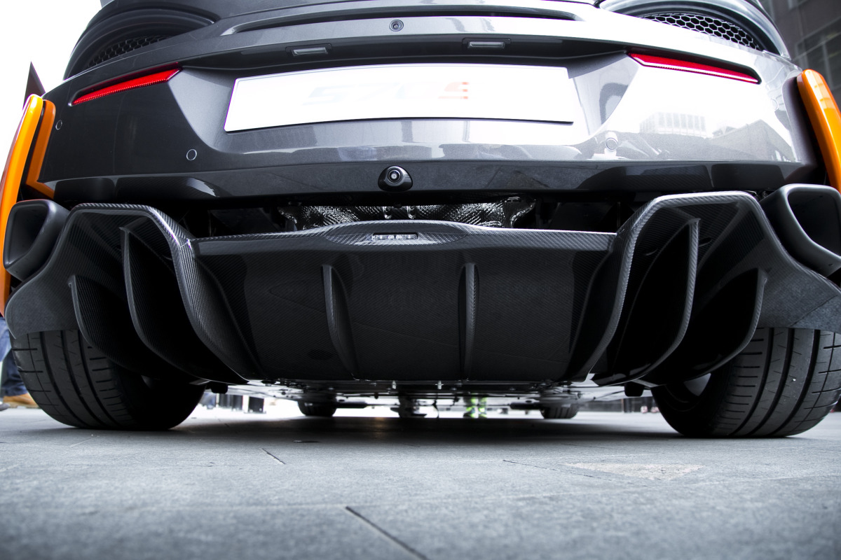ORANGE CRUSH! McLaren debuts retina-altering 570S in Calgary - slide 30