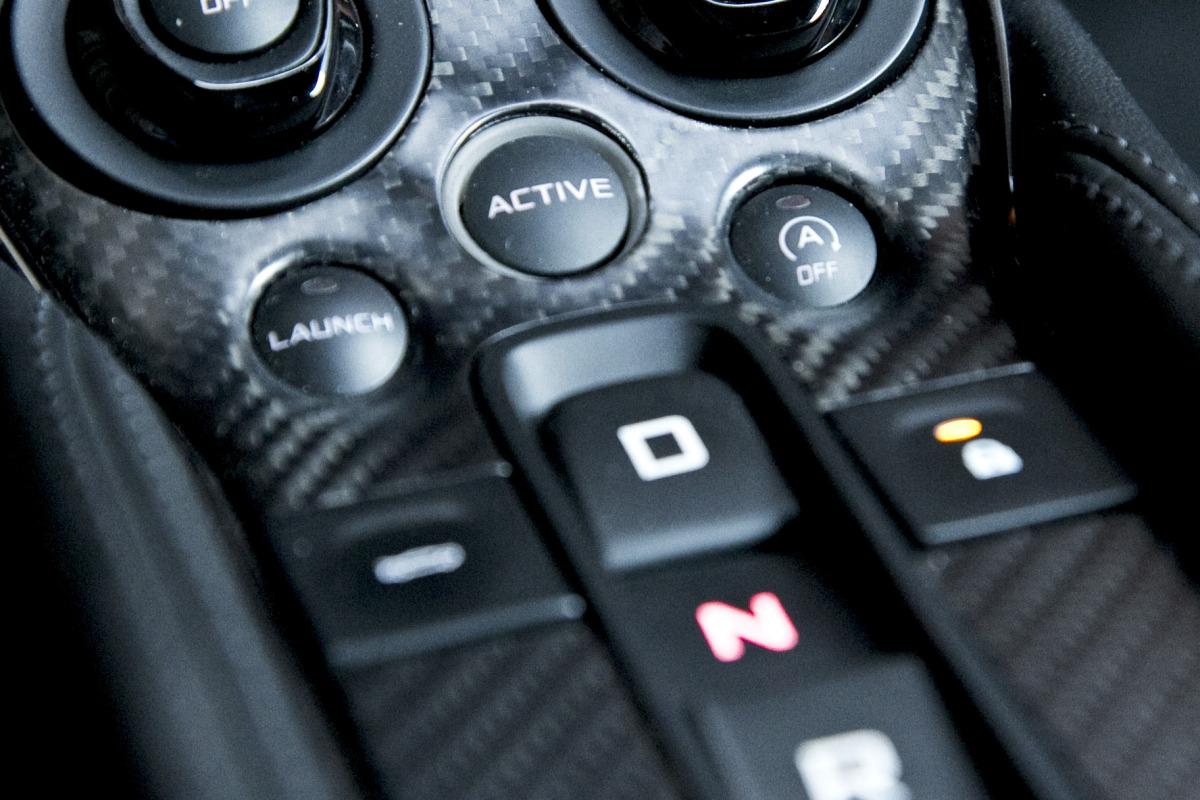 ORANGE CRUSH! McLaren debuts retina-altering 570S in Calgary - slide 38