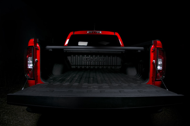 (Review) To truck or not to truck, that is the truck: GMC'S 2015 4×4 Canyon CrewCab - slide 15