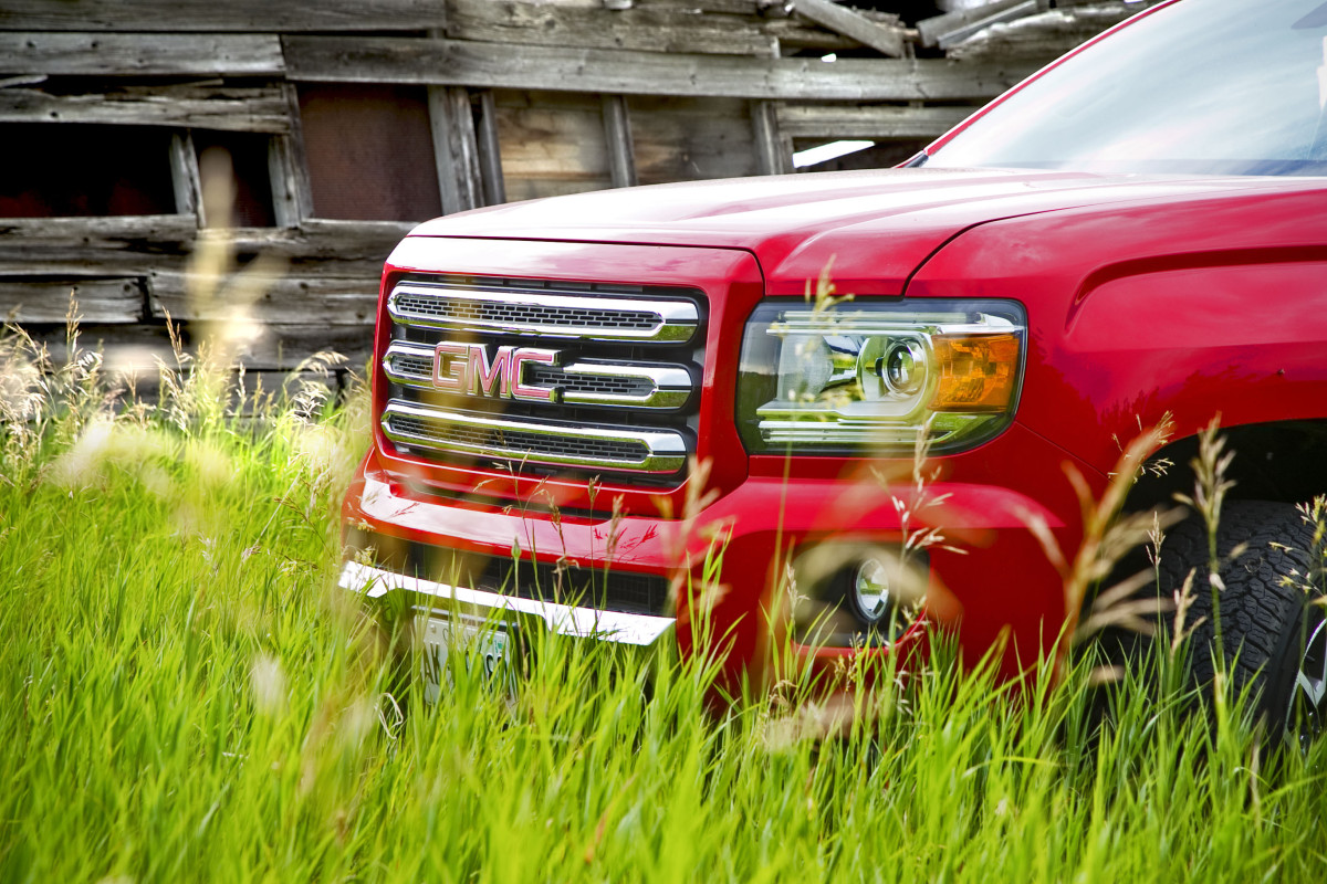 (Review) To truck or not to truck, that is the truck: GMC'S 2015 4×4 Canyon CrewCab - slide 2