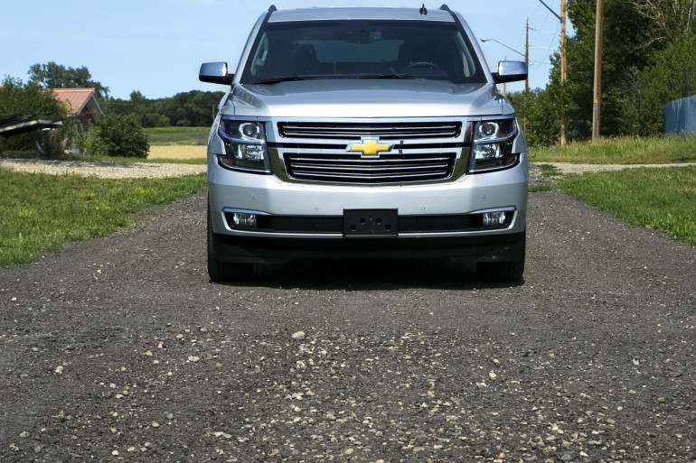 Catching grasshoppers & making photogenic in Chevy's premium-sized Tahoe LTZ - slide 5