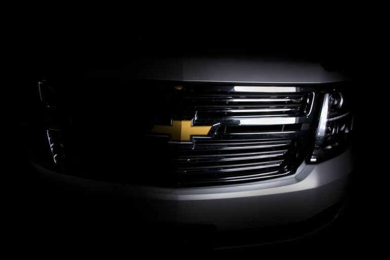 Catching grasshoppers & making photogenic in Chevy's premium-sized Tahoe LTZ - slide 23