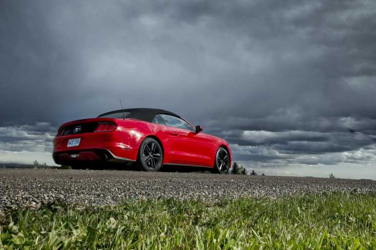 Eco-Stang on the Prairies: Ridin' & drivin' Ford's 50th anniversary ecoboosted ragtop - slide 14