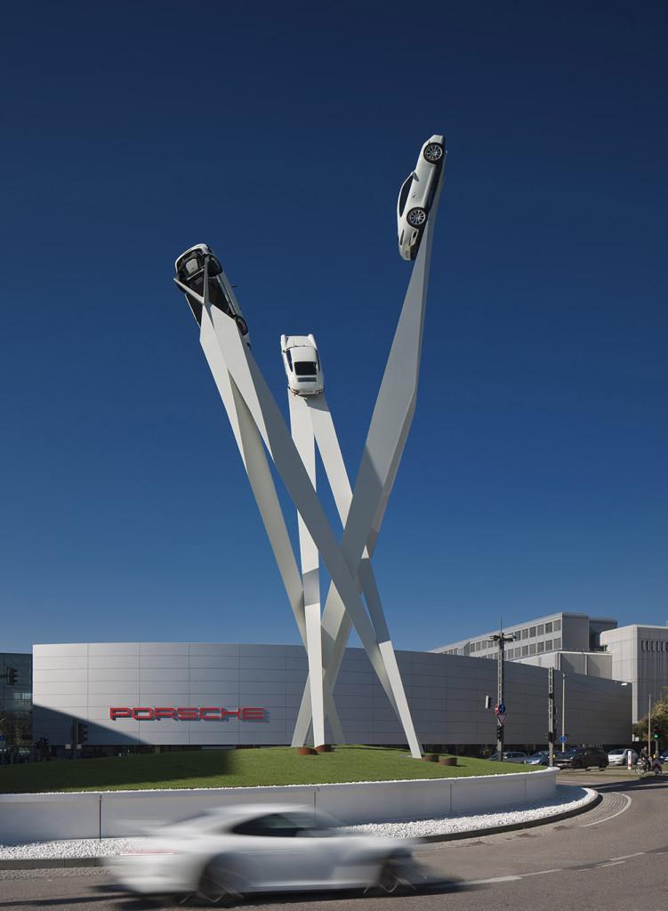 Porscheplatz 1