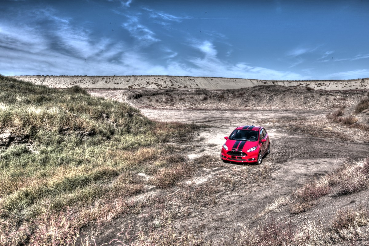 HOLY HATCHBLAST! 200 HP-sauced Fiesta ST gets our nod as CAR OF THE YEAR! - slide 11