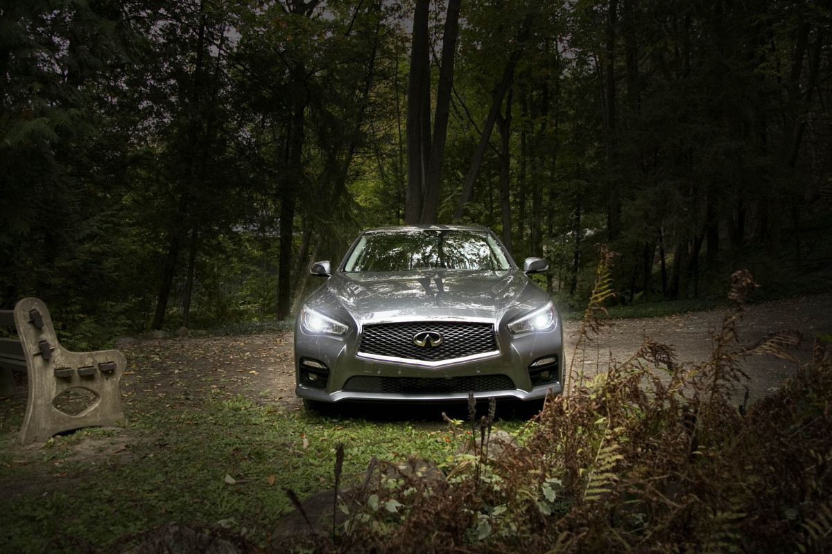 Infiniti's Q50 AWD Hybrid; a sleeper saloon in wolf's clothing - slide 4