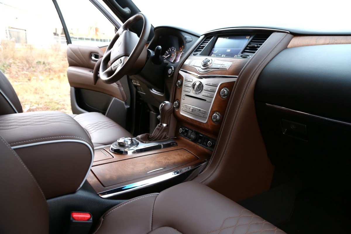 The polarizing flagship of luxury that is Infiniti's expansive QX80 Limited - slide 32